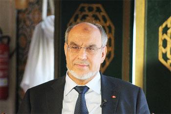 Un récent sondage montre que les Tunisiens ont perdu confiance dans la démocratie et leurs dirigeants élus et aspirent à la stabilité et à l'amélioration de la situation économique.