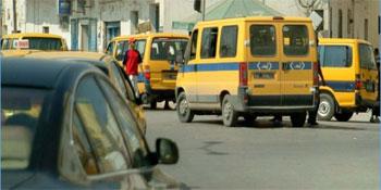 Des chauffeurs de Taxis collectifs se sont rassemblés au début de la soirée du vendredi 14 février 2014 à la rue de Turquie(Tunis) menaçant d'escalade de leur mouvement de protestation en cas