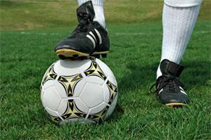 La légende du Brésil Pelé estime que Wayne Rooney devrait être
