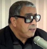 Commentant les décisions du ministre de la justice d'ordonner le transfert de deux membres de l'Instance provisoire de la justice judiciaire