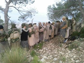 Une page proche des terroristes vient de publier une nouvelle photo du groupe terroriste de Jebel Chaambi en train