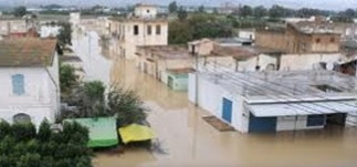 La direction générale des ponts et des autoroutes relevant du ministère de l'Equipement et de l'Habitat a annoncé que plusieurs routes sont coupées depuis