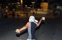Les altercations ont repris entre les sit-inneurs de la légitimité et ceux de la dissolution de l'ANC au Bardo