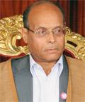 Le journaliste de France 24 Safwene Grira a publié un article sur son Blog intitulé « Marzouki: La tête d'un fonctionnaire