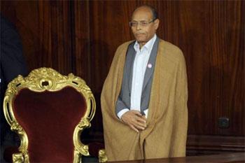 Des sources ont indiqué au journal « Attounissia » que la Ligue Tunisienne des Droits de l'Homme (LTDH) envisage de retirer à Moncef Marzouki la présidence