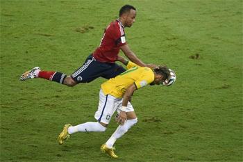 La fédération brésilienne de football a demandé à la Fifa d'ouvrir une procédure disciplinaire contre le Colombien Juan Zuniga