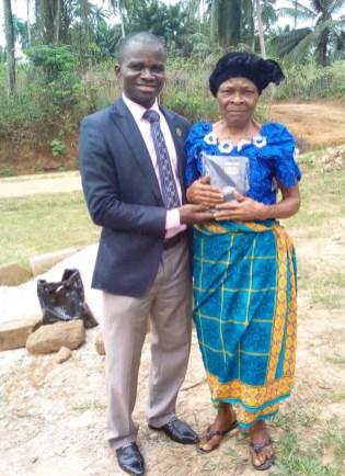 Denominational women leader accepting Christ receiving Bible
