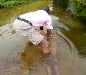 Mojima Etokudo immersed Udoisong into Christ at Ikot Osute