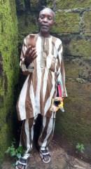 Mr Nnah displaying his idol 2