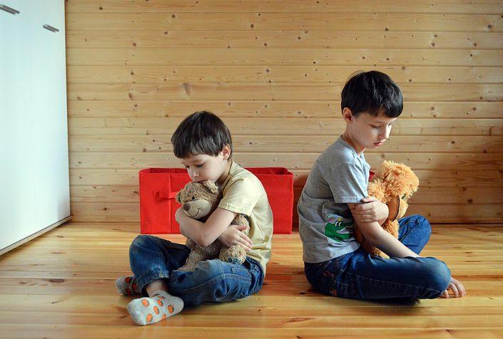 Kids respecting personal boundaries