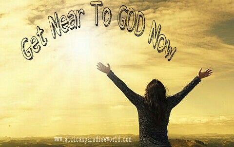 Learn some of the best ways to draw near to God to feel his presence in your life always