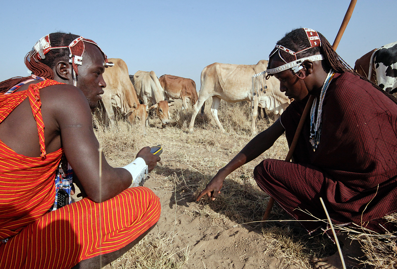APW's Warriors for Wildlife help prevent human-wildlife conflict in northern Tanzania.