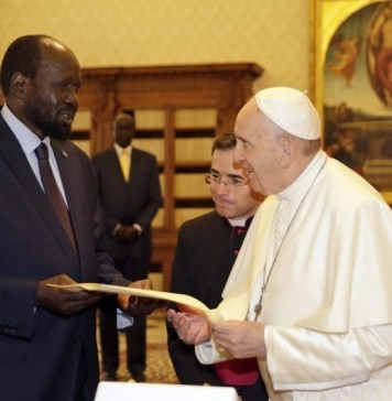 Pope Francis to visit South Sudan next year urges unity govt