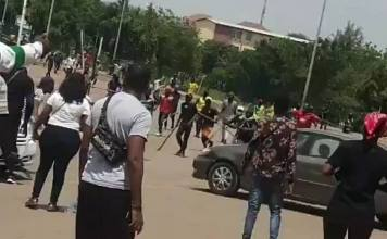 Hoodlums clash with #ENDSARS protesters in Abuja