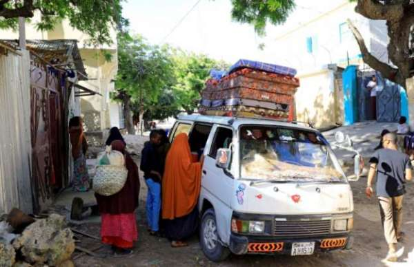 Residents flee Mogadishu amid fear of new clashes