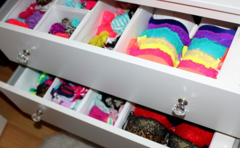 Practical and creative ideas for organizing underwear