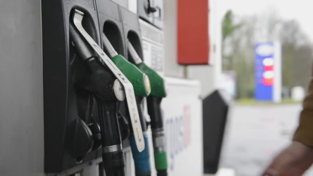 Threat of Fuel scarcity looms in six states as IPMAN warns to shut stations