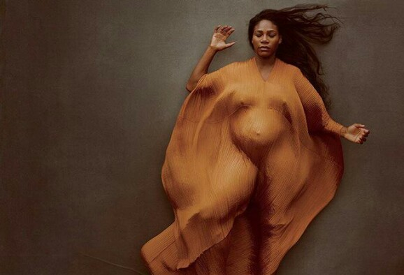 Serena Williams poses naked to showoff pregnancy (Photo)