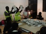"""Kenya's IEBC dangles """"kitu kidogo"""" for political parties to avoid publishing election results"""
