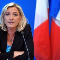 """Marine Le Pen : """"Le rôle de la région n'est pas de payer des moustiquaires aux détenus au Sénégal"""""""