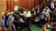 Bagarre à l'assemblée nationale ougandaise