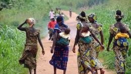 Des civils déplacés de la Centrafrique