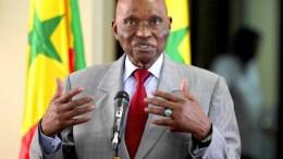 Abdoulaye Wade demande un audit