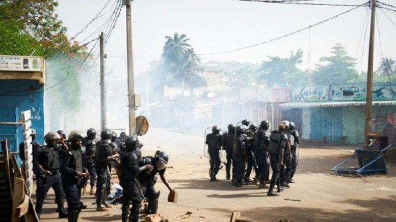 Une manifestation dispersée au Mali