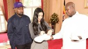 Kanye West, Kim Kardashian et Yoweri Museveni