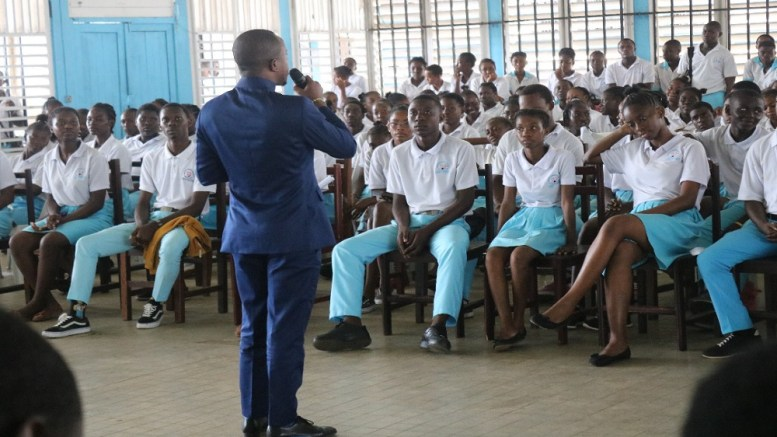 wabouna school tour