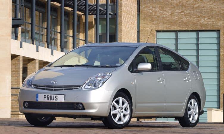 Historique et Evolution de la Toyota Prius 18