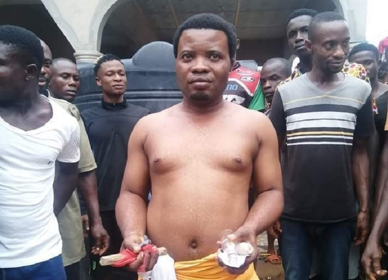 Nigeria / Occultisme : Un faux pasteur démasqué en plein rituel magique