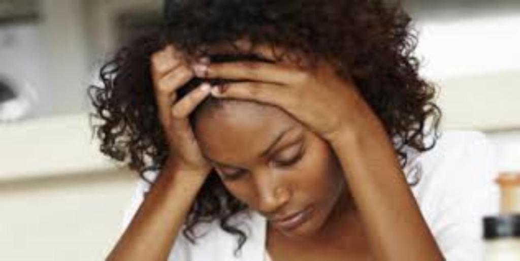 vidéo jeune femme noire dame blanche racisme