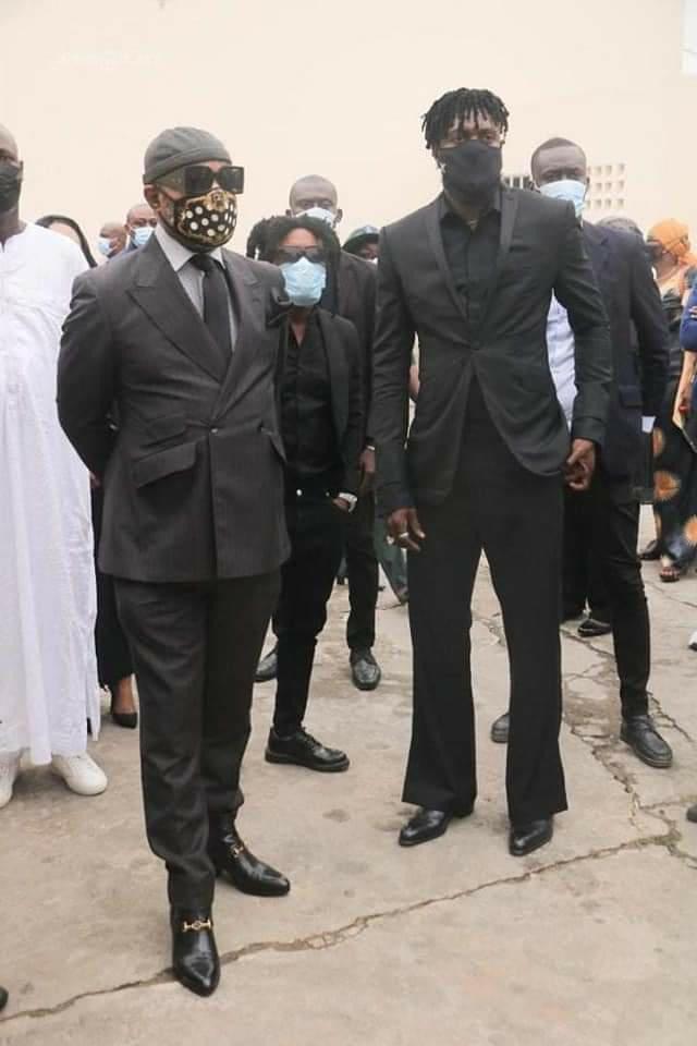 Adebayor nouveau look Hambak funérailles