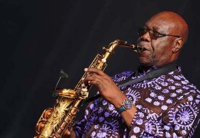 Musique: Manu Dibango le père du soul makossa emporté par le Covid-19