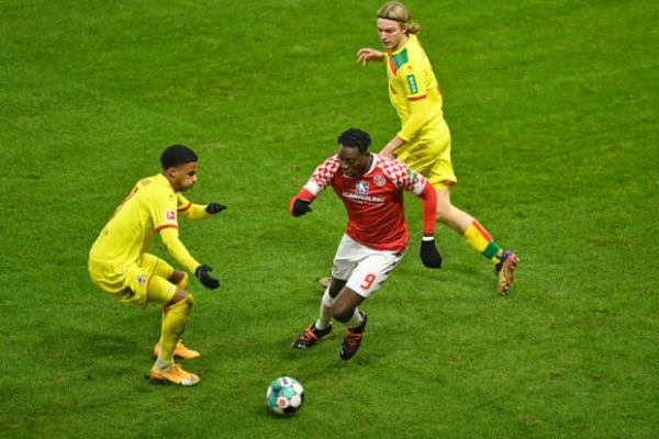 Mateta's twisting his way to Crystal Palace