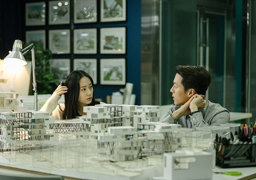 Messages of Love in Sweet and Sour Romantic Movies