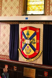 Queen's University Crest