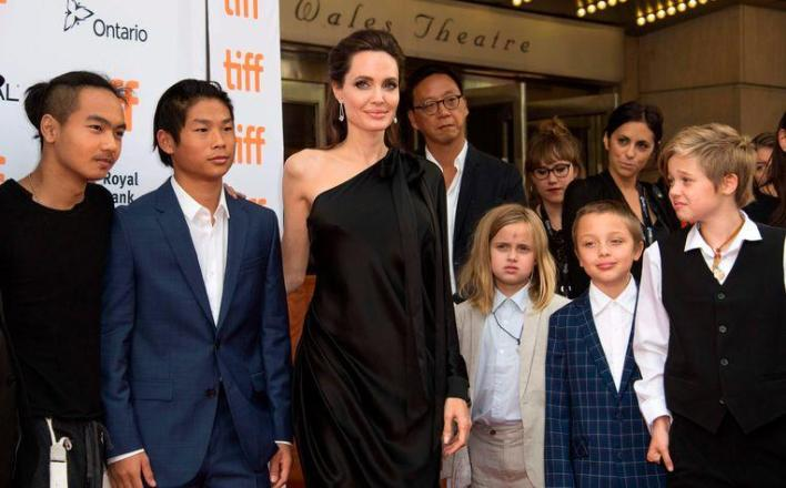 Brad and Angelina are finally single after three years