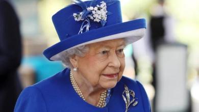 Queen Elizabeth (93) fools tourists: 'No, I've never met the queen'