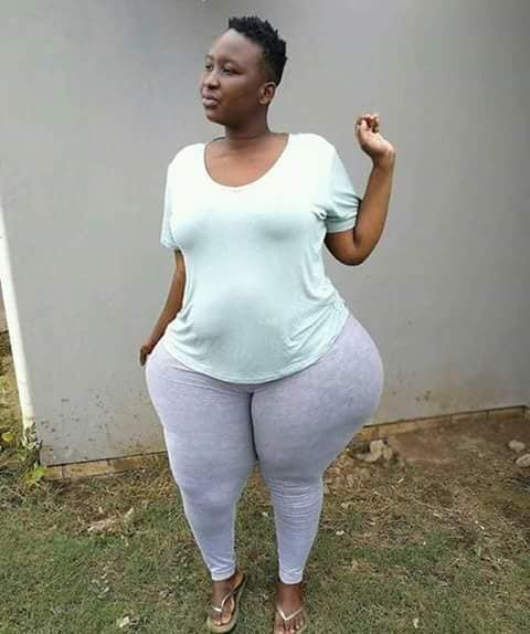 Huge hips: see the twins sister of Eudoxie Yao, biggest hips in Africa