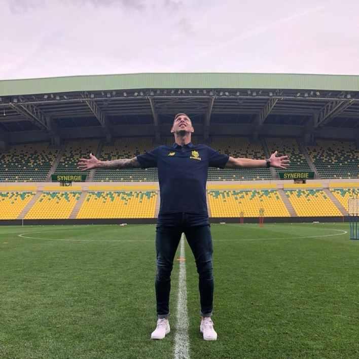 Support speeches of Romina Sala and football world