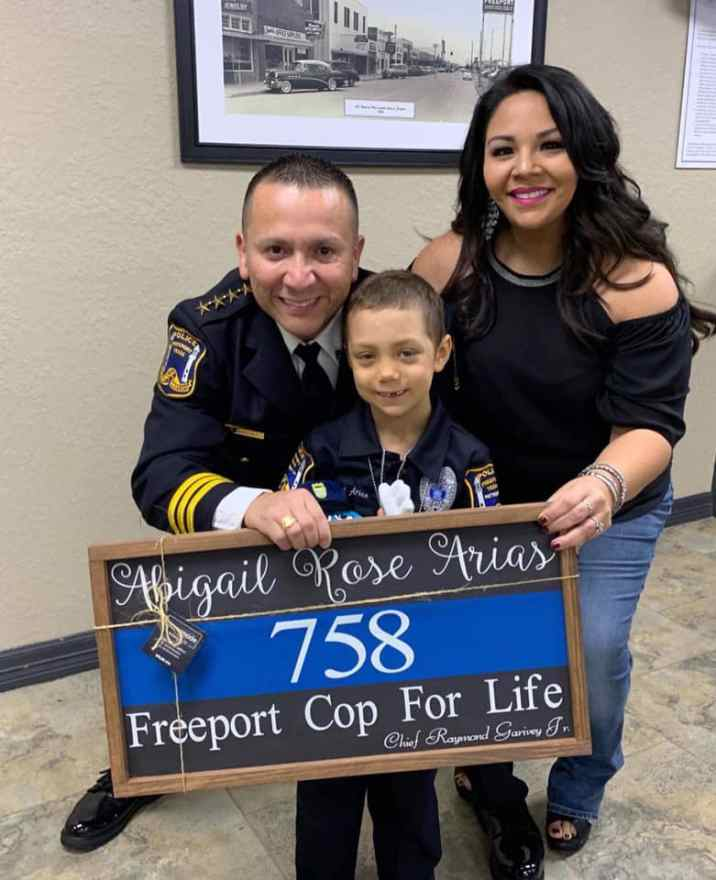 Abigail Arias (6) makes her dream come true: becoming a policewoman