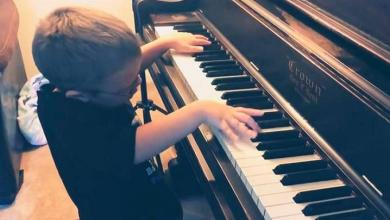 """Blind child played superbly """"Bohemian Rhapsody"""" [Video]"""