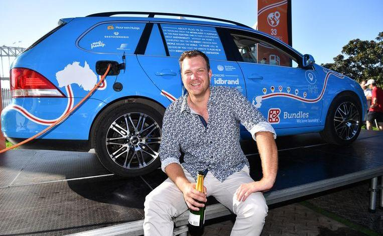 A man reaches Sydney with electric car after three years