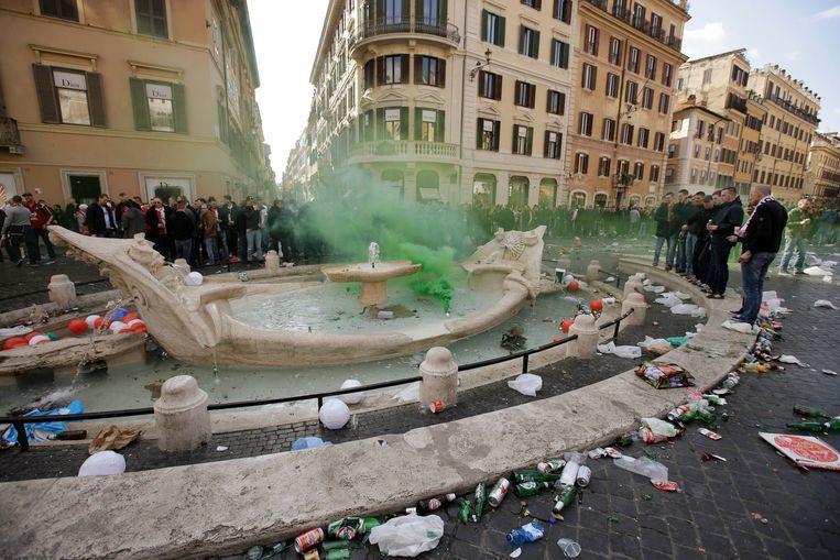 Mayor of Rome wants to blacklist destructive tourists