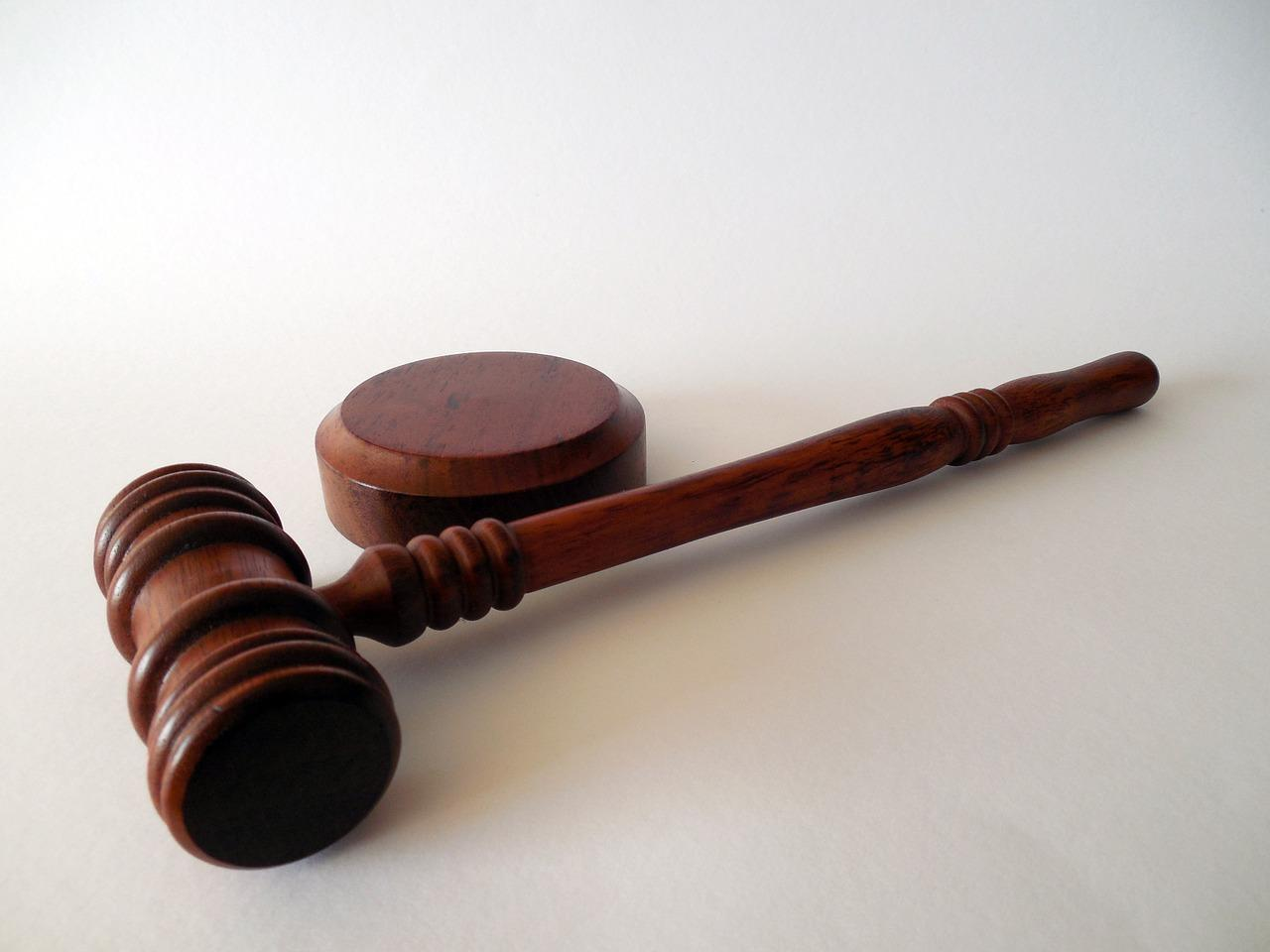 11 signs that you would be a born lawyer
