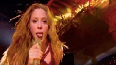 Why Shakira showed her tongue during Super Bowl performance