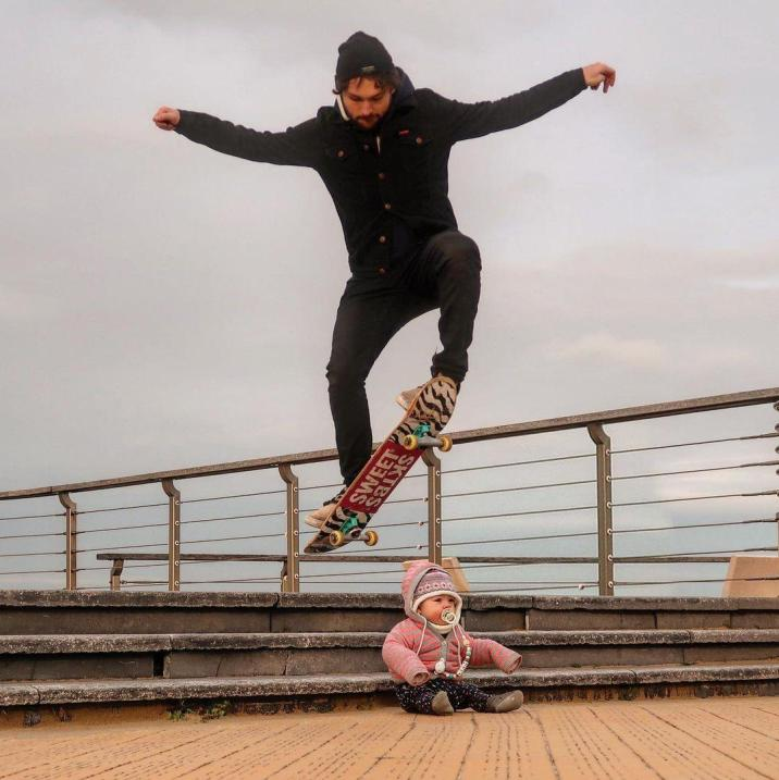 Dad makes funny photos to show his partner that daughter is safe