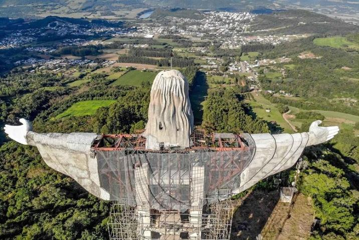 The Christ the Protector statue under construction in Encantado